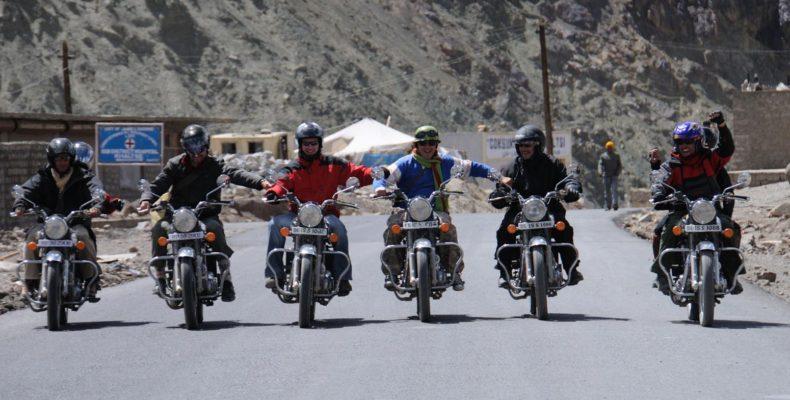 Voyage moto en Inde Himalaya - Minitrip au Ladakh en Royal Enfield
