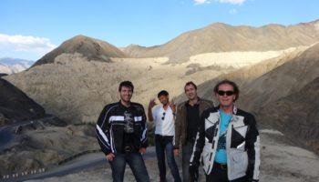 Voyage moto au Ladakh, moonland près de Lamayuru, Inde, Himalaya
