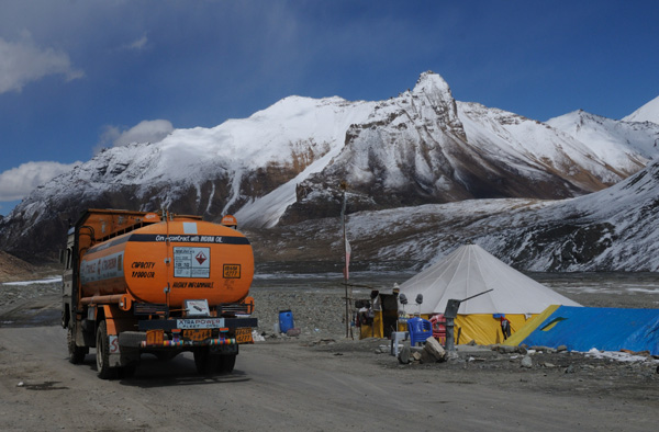 Resto / Dhabha sur la route Manali à Leh - Voyage à moto Transhimalayenne et Ladakh, Inde, Himalaya