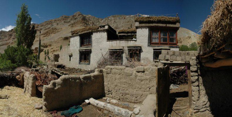 Maison Traditionnelle du Ladakh - Voyage moto Transhimalayenne et Ladakh, Inde, Himalaya