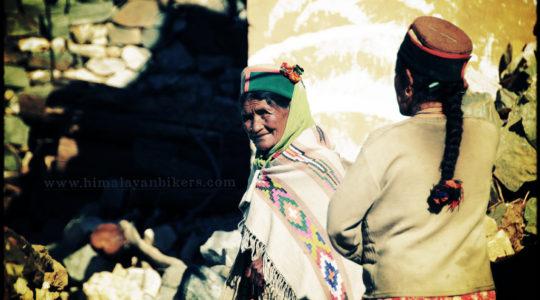 Femme du Spiti - Voyage moto du Kinnaur au Spiti, Himachal pradesh, Inde, Himalaya