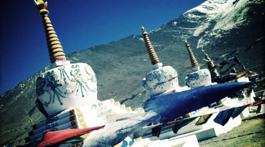 Stupa au col du Kumzum La - Voyage moto du Kinnaur au Spiti, Himachal pradesh, Inde, Himalaya
