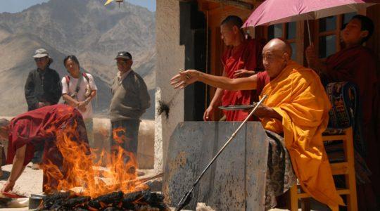 Cérémonie bouddhiste au monastère de Spituk - Voyage à moto Transhimalayenne et Ladakh, Inde, Himalaya