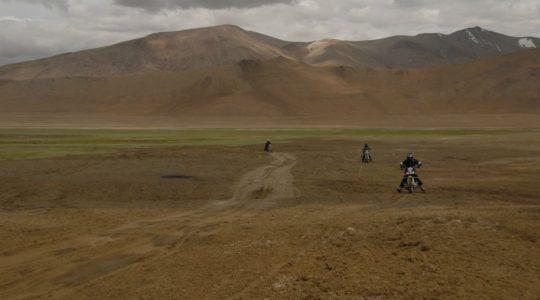 Royal Enfield au Tsokar - Voyage à moto Transhimalayenne et Ladakh, Inde, Himalaya