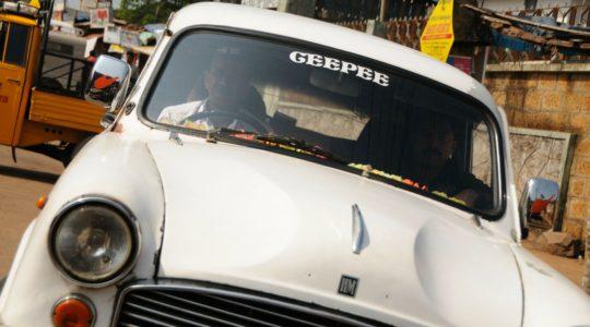 road-trip-moto-voyage-inde-sud-royal-enfield-kerala-karnataka-tamil-nadu-ambassador