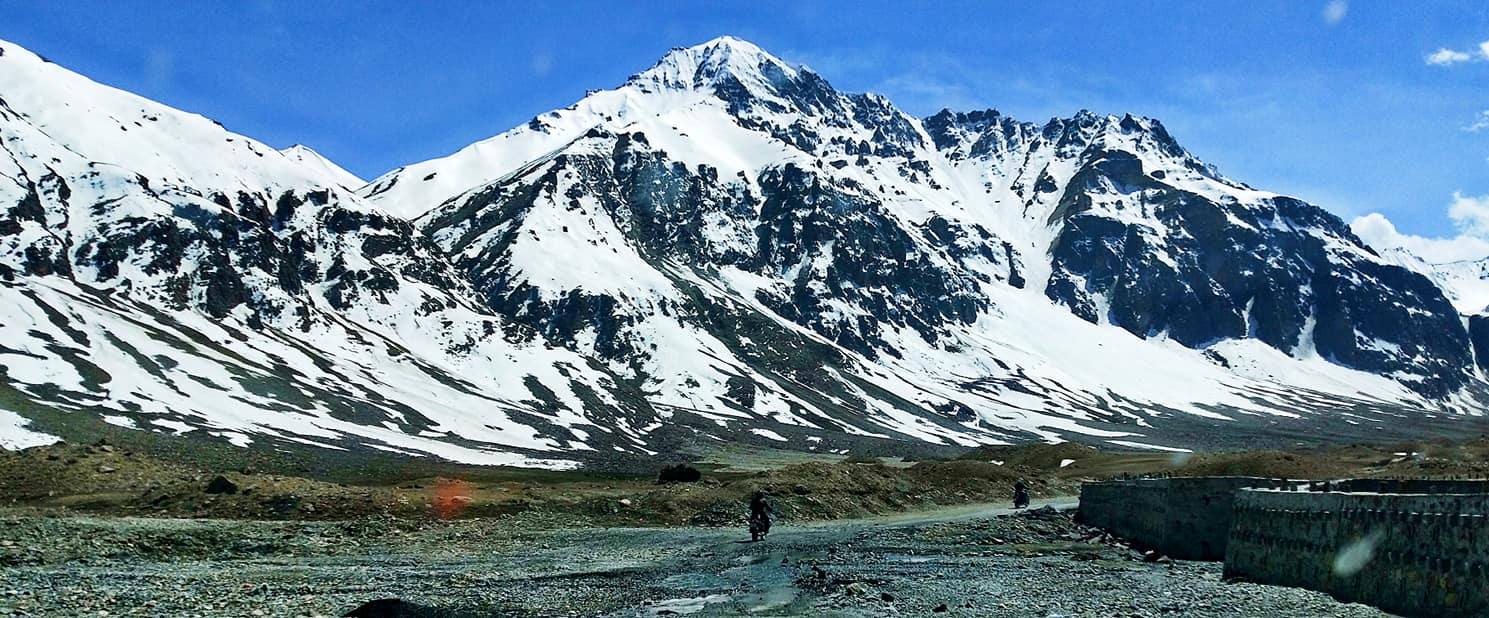 Route vers le Baralacha La - Road trip moto Transhimalayenne - Inde Ladakh