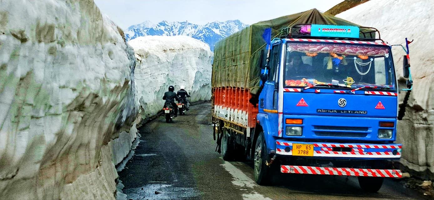 Rohtang pass - Road trip moto Transhimalayenne - Inde Ladakh