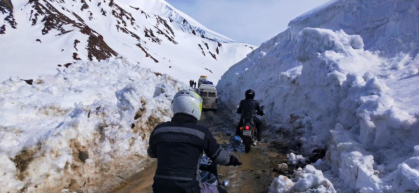 Baralacha La - Road trip moto Transhimalayenne - Inde Ladakh